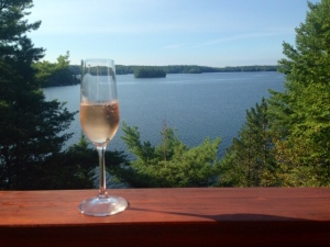 Champagne_Chandos Lake
